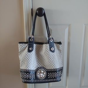 Purse like new Fleur de Lis